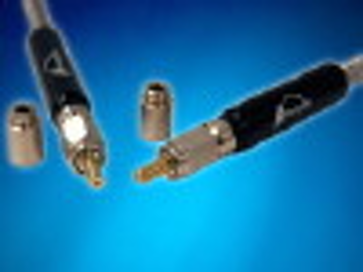 Fiberguide Industries' FD-80 laser connector assembly.