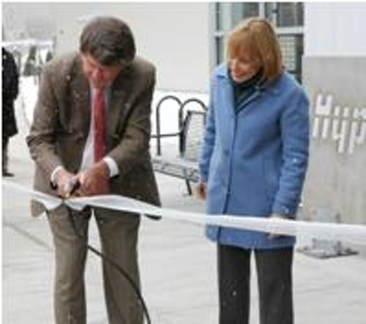 Hypertherm co-founder and CEO Dick Couch and New Hampshire Governor Maggie Hassan