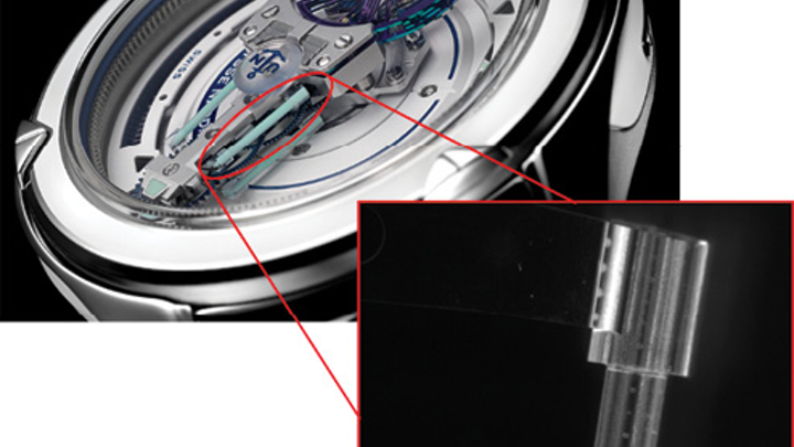 FIGURE 1. The FREAK neXt timepiece features 3D glass tubes (inset) for luminescent purposes.