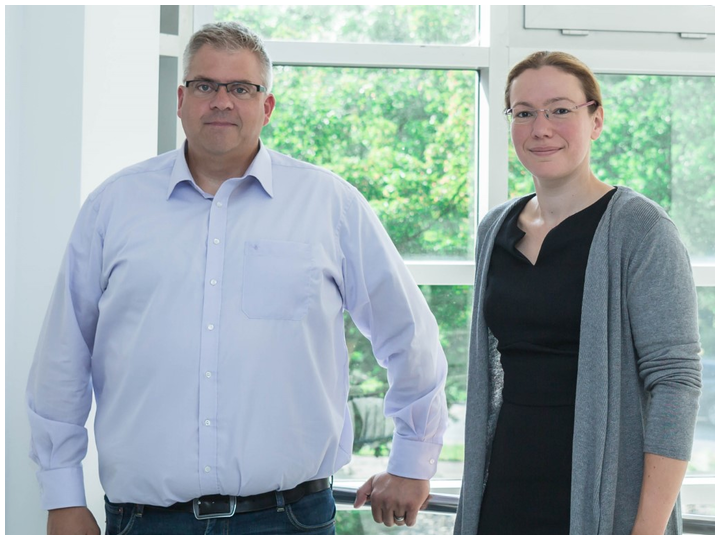 Dr.-Ing. Peter Jäschke, new Head of Department at the LZH, together with the new Head of the Composites Group, Verena Wippo.